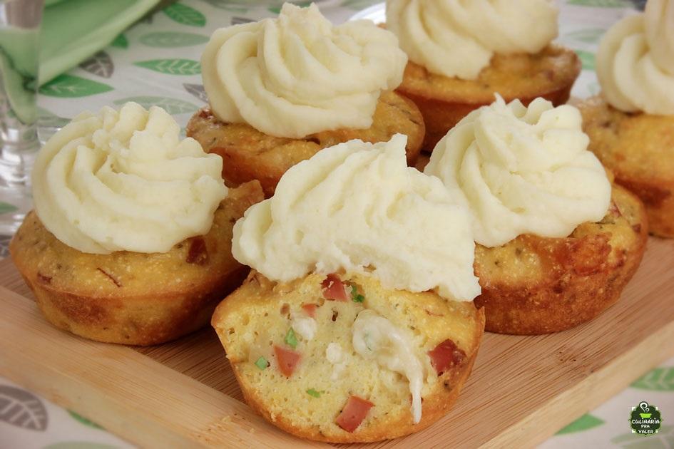 Cupcake salgado de salsicha de dar gosto de comer