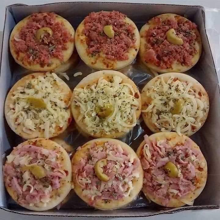 Mini pizzas muito fáceis de fazer para deixar todos com água na boca