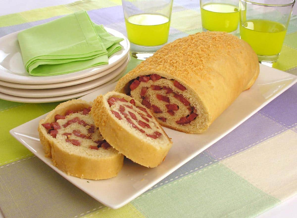 Pão caseiro de calabresa nossa muito gostoso
