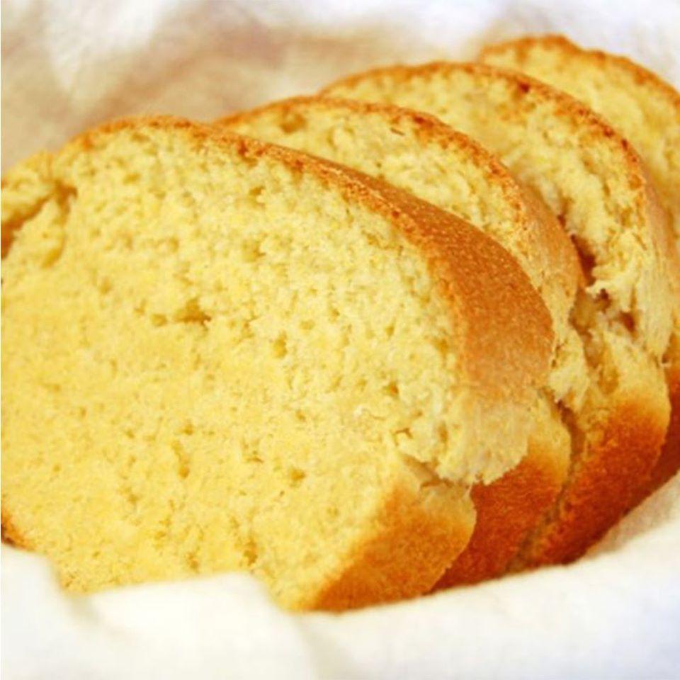 Pão de milho saboroso como o de padaria não da para comer só uma fatia