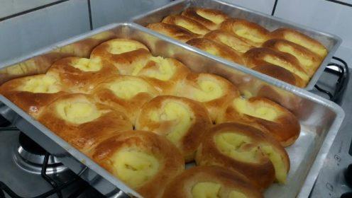 Pão doce com creme de confeiteiro muito fácil