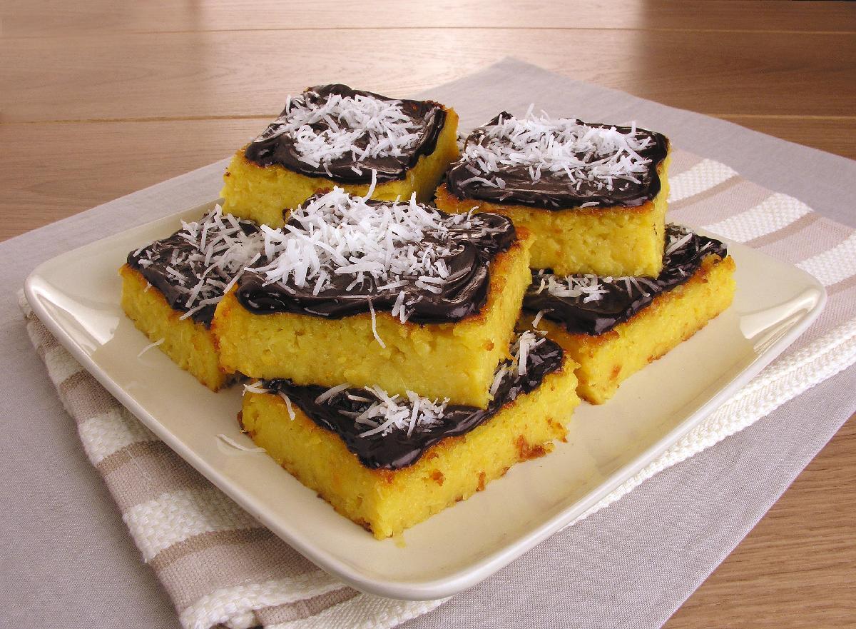 Receita de bolo de farinha de milho e chocolate