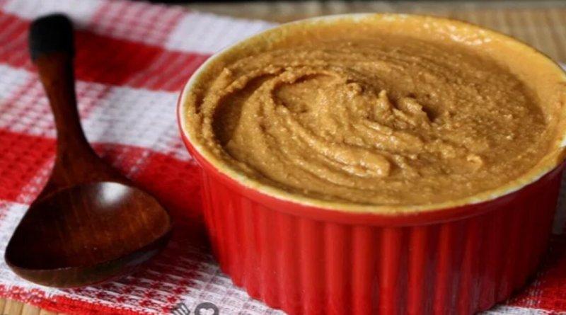 Receita de manteiga de amendoim fácil de fazer e fica uma delicia