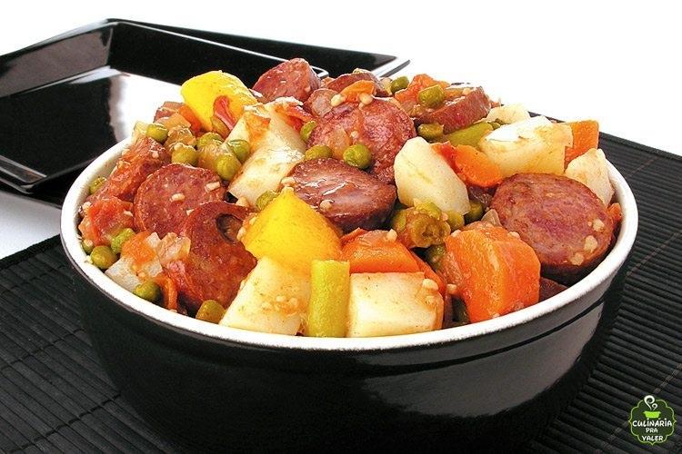 Receita de refogado de calabresa com legumes muito rápido e pratico de fazer