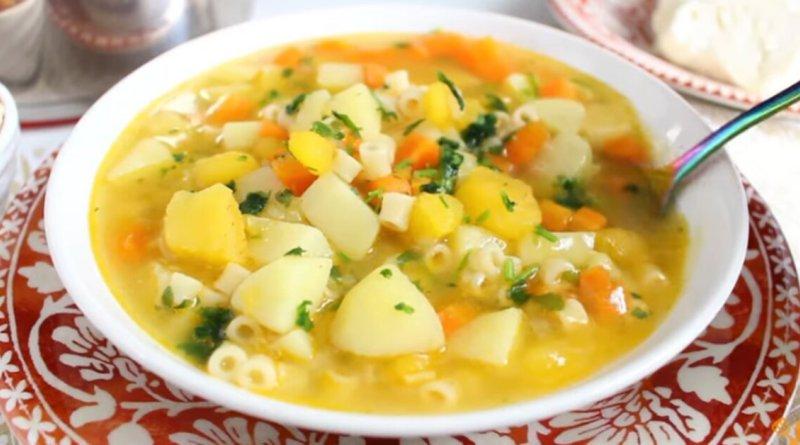 Receita deliciosa  pratica e muito nutritiva de sopa de legumes