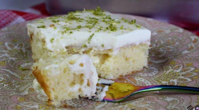 Receita refrescante deliciosa de bolo de mousse limão fofinho