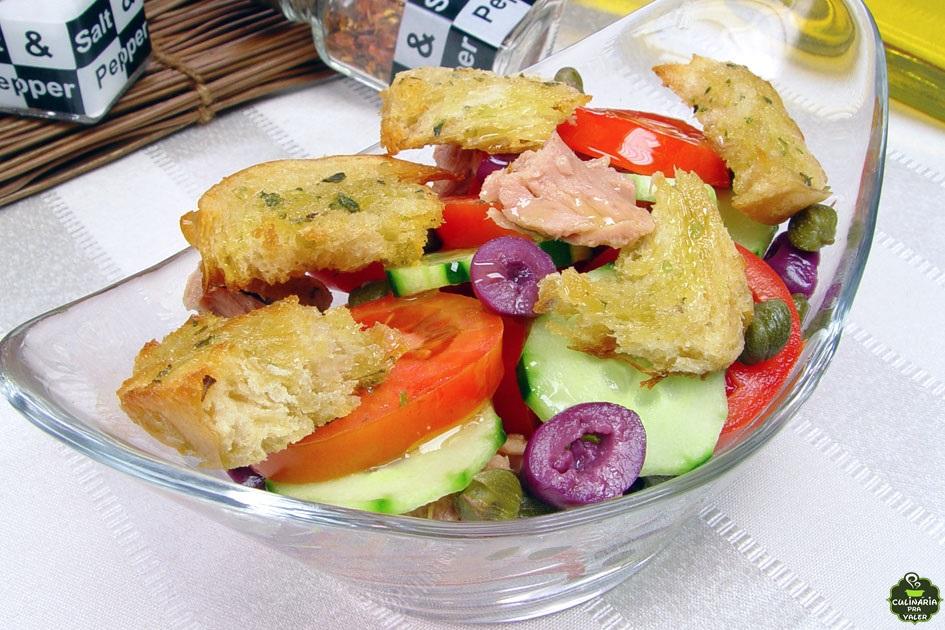 Salada toscana caseira simplesmente deliciosa