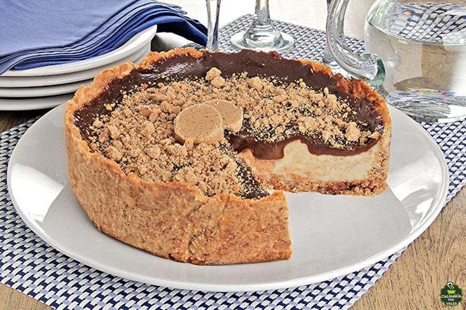 Cheesecake de paçoca e chocolate caseiro divino