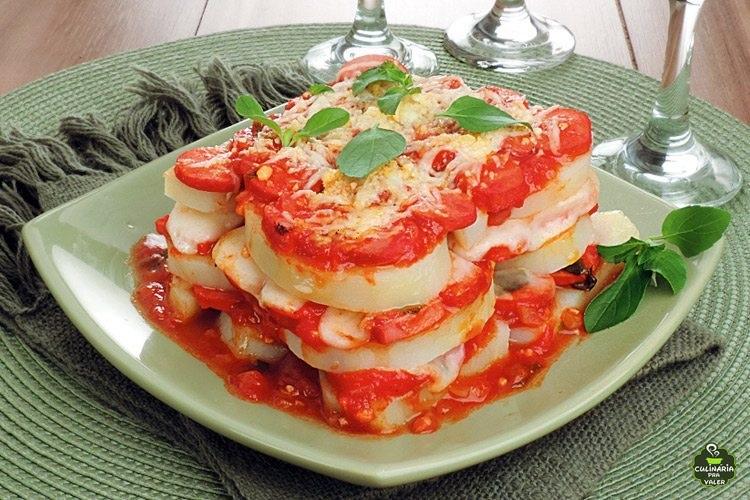 Lasanha de batata com salsicha diferente e super saboroso