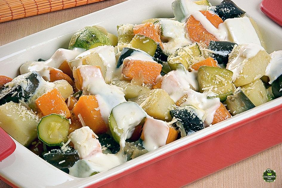 Picadinho vegetariano caseiro fácil de fazer e muito delicioso