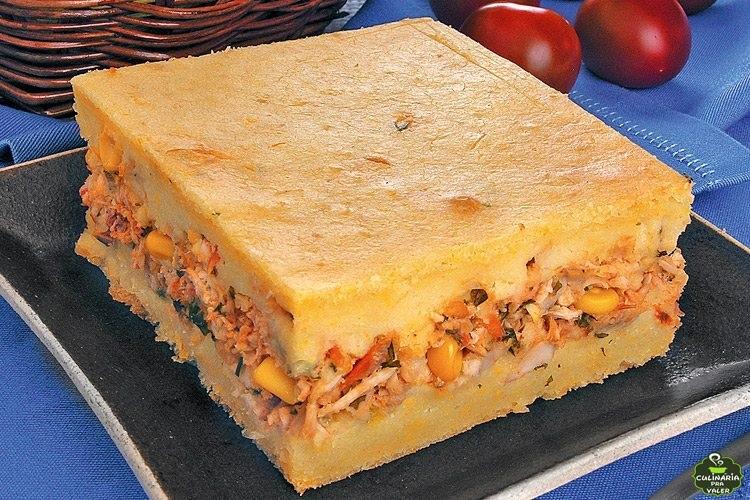 Torta de milho com frango muito saborosa e super fácil de fazer