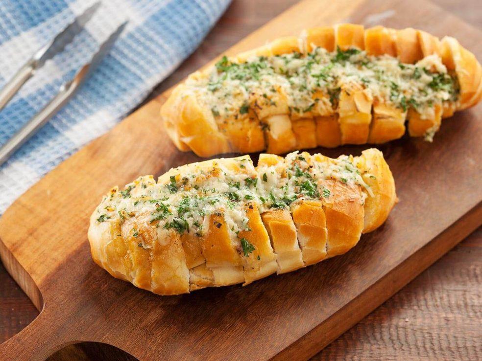 Pão de alho para churrasco - receita super fácil !