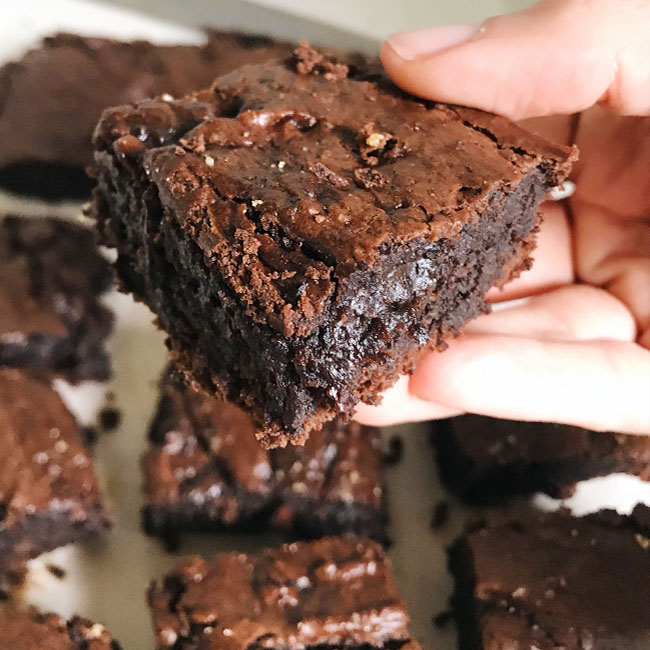 Brownie de nescau muito fácil