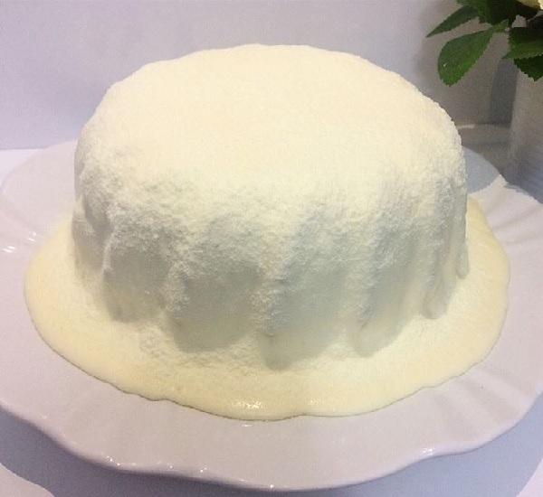 Cobertura de leite ninho para bolos