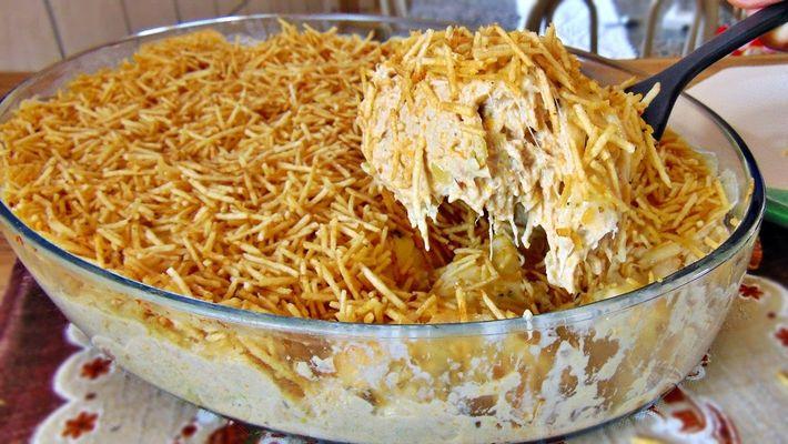 Fricassê de frango com milho para almoco