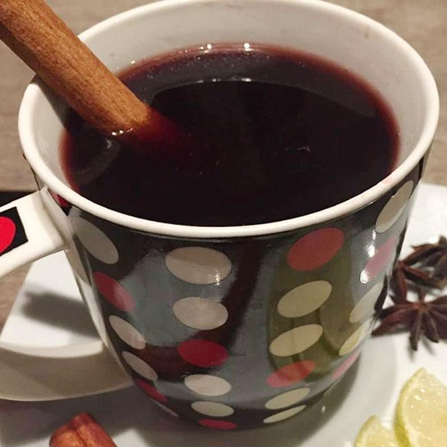 Quentão de vinho para festa junina