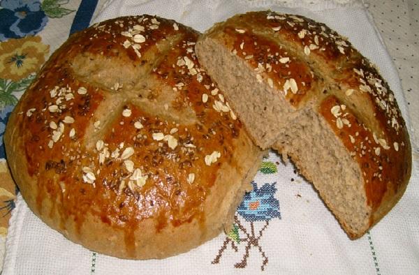 Receita de pão integral com grãos delicioso