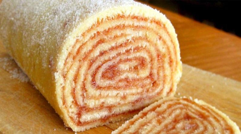 Bolo de rolo – receita tradicional do nordeste, fácil e fica uma delícia