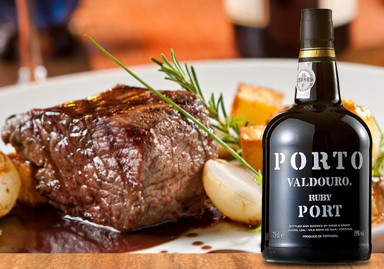 Carne assada com vinho do porto e molho barbecue uma delícia